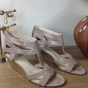 Nine West Tan Leather Wedge Sandals